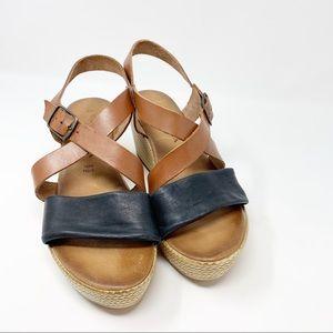 Cuoiera Fiorentina Leather Wedge Sandals